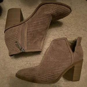 Dolce Vita tan booties